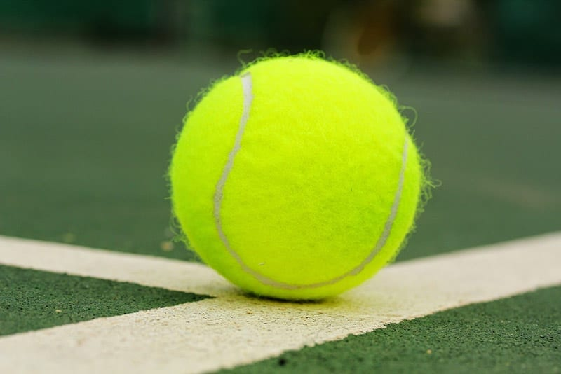 tennis ball types - pressurized