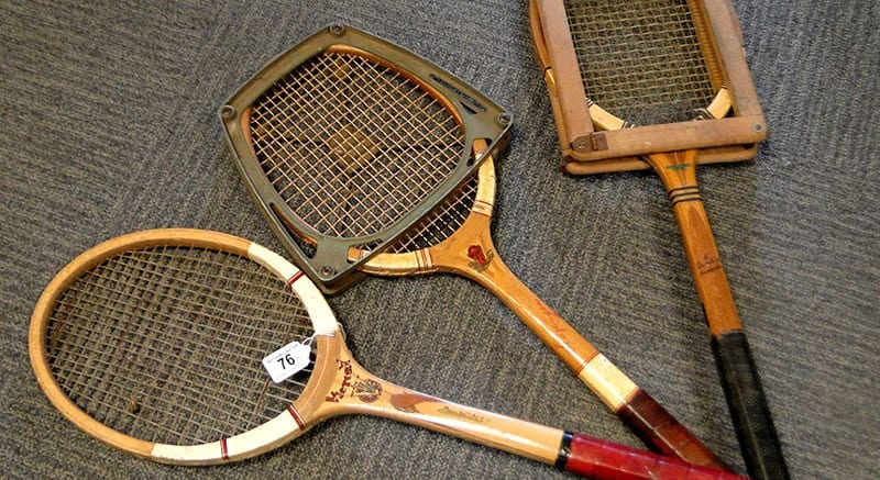 Are wooden tennis rackets used today?